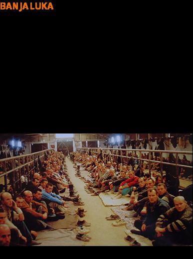 """BANJA LUKA - U dogovoru s drugima počinio, planirao, podsticao, naredio i/ili pomagao i podržavao progone bosanskih Muslimana i/ili bosanskih Hrvata na političkoj i/ili vjerskoj osnovi. - Uzimanje osoblja UN-a za taoce. - Osnivanje i/ili vođenje zatvoreničkog objekta Logor Manjača. - Ubistvo najmanje 10 muškaraca u logoru Manjača. - Ubistvo najmanje šest muškaraca ispred logora Manjača nakon što su prevezeni iz osnovne škole """"Hasan Kikić"""" u Sanskom Mostu. - Smrt gušenjem više zarobljenika dok su kamionima prevoženi iz zatočeničkog objekta """"Betonirka"""" u Sanskom Mostu u logor Manjača.  Izvor: Reuters"""